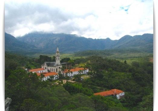 Construído por religiosos no século 18, o Santuário do Caraça tem grande importância histórica e virou, também, área de preservação ecológica. (foto: Vinícius São Pedro)