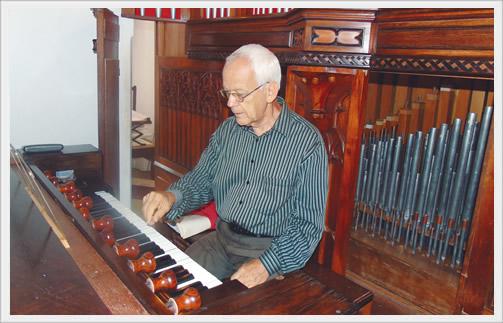 As apresentações do organista Lucas Raposo acontecerão ainda nos meses de:  Abril (9 e 10), Maio (14 e 15) e Junho (25 e 26), sempre nos finais de semana. Uma ótima oportunidade para quem gosta da verdadeira música.